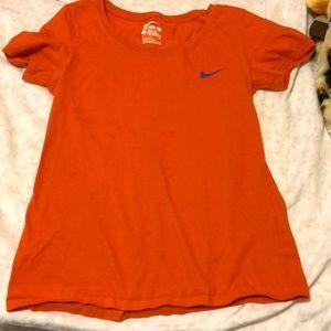 Nike round neck athletic cut t- shirt